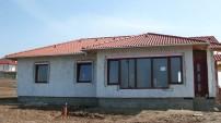 Családi ház nyílászáró beépítés