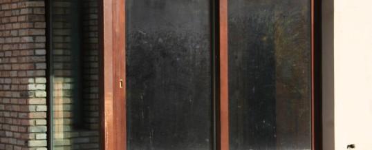 Társasház fa nyílászáró beépítés 5